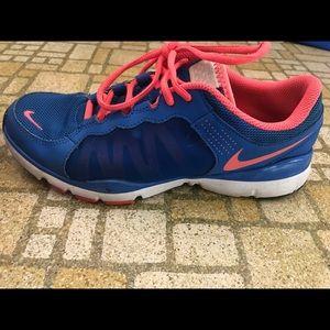 Nike Breathe Flex trainer: bright blue